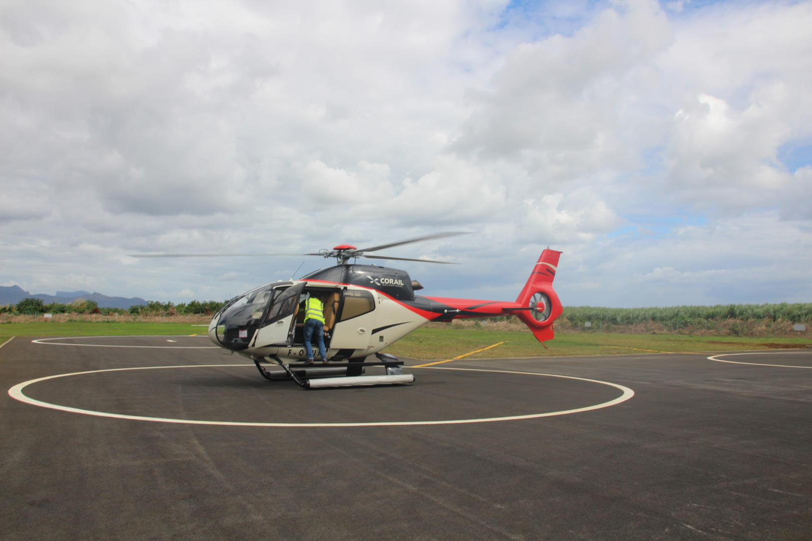 Helicopter 40-minutes Flight (Magical package)